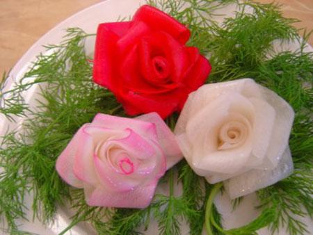 آموزش تصویری تزیین ترب و هویج به شکل گل رز