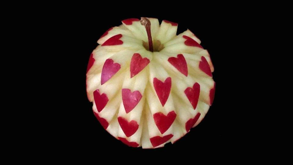 زیباترین عکس عاشقانه از میوه ها
