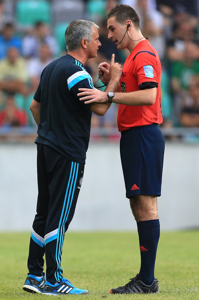 http://s5.picofile.com/file/8134489684/Jose_Mourinho_Olimpija_Ljubljana_v_Chelsea_xXO39_AhprBl.jpg
