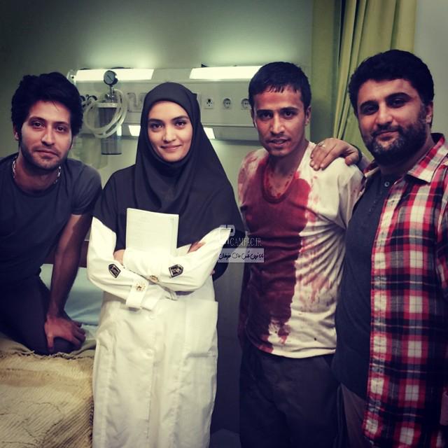 میترا حجار و حسین سلیمانی در پشت صحنه سریال رهایی