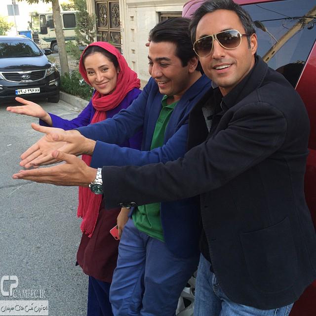 امیر حسین رستمی،مانی نوری و بهاره افشاری در پشت صحنه سریال آخرین بازی