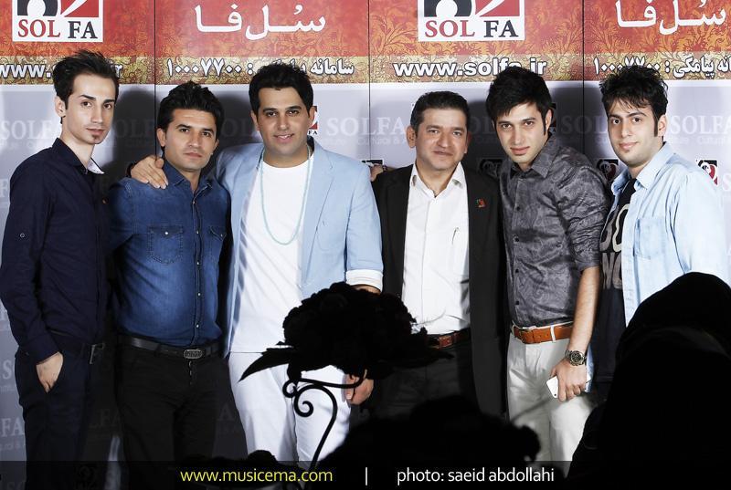 http://s5.picofile.com/file/8136910192/Saman_Jalili_and_Hamid_Askari_4.jpg