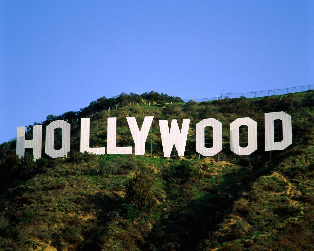 زن در هالیوود تاریخ مصرف دارد!