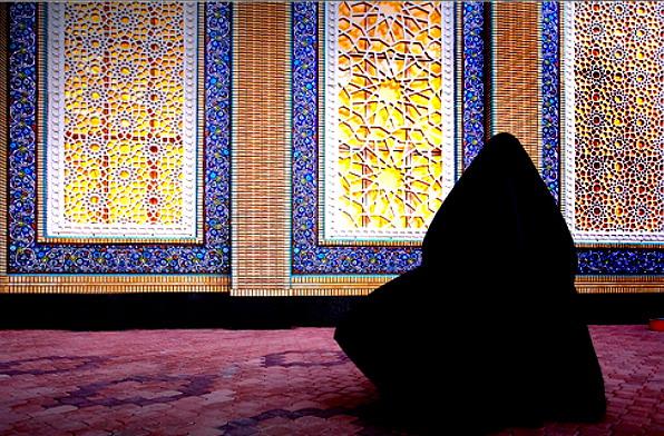 http://s5.picofile.com/file/8142762376/Hijab_picture_0107_big.jpg