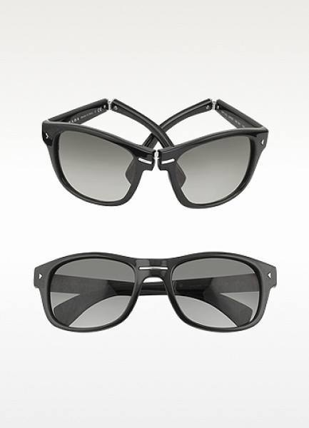 Sponsor_KHJ wore Prada Gray Signature Plastic Sunglasses Made in Italy $355