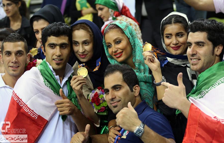 عکس های شادی ملی پوشان والیبال ایران پس از قهرمانی در آسیا