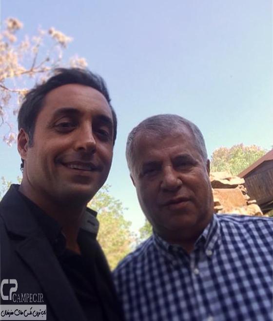 علی پروین و امیر حسین رستمی در پشت صحنه سریال آخرین سلطان