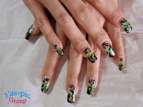http://s5.picofile.com/file/8144570384/bful_art_nails_04.jpg