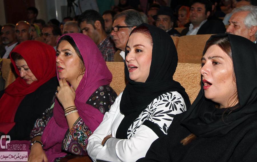 بازیگران در مراسم اختتامیه جشنواره فیلم کودک و نوجوان
