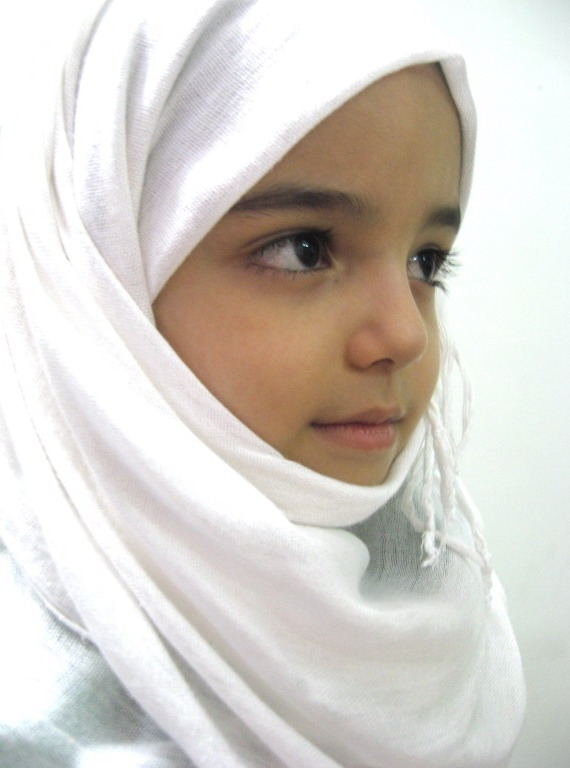 http://s5.picofile.com/file/8145789992/taha_hejab03.jpg