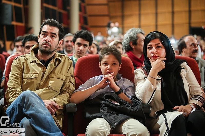 شهاب حسینی و همسر و پسرش در مراسم افتتاحیه فیلم سینمایی ساکن طبقه وسط