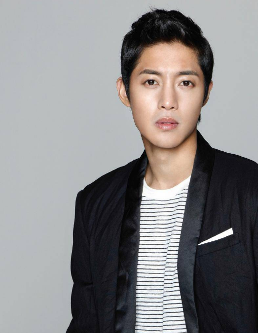 Article_Kim Hyun Joong agency denies enlistment rumors