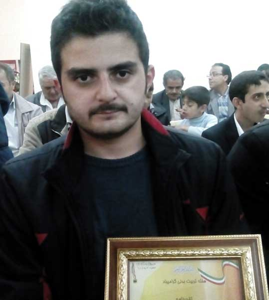 مهندس یاشار ایمانپور قاضی جهانی از هنرمندان ممتاز و برجسته موسیقی سنتی استان