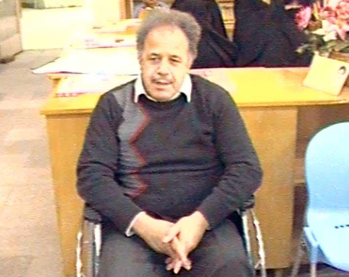 آقای علیرضاسلطانی قاضی جهانی  هنرمند برجسته قالیبافی و طراح نقشه های فرش