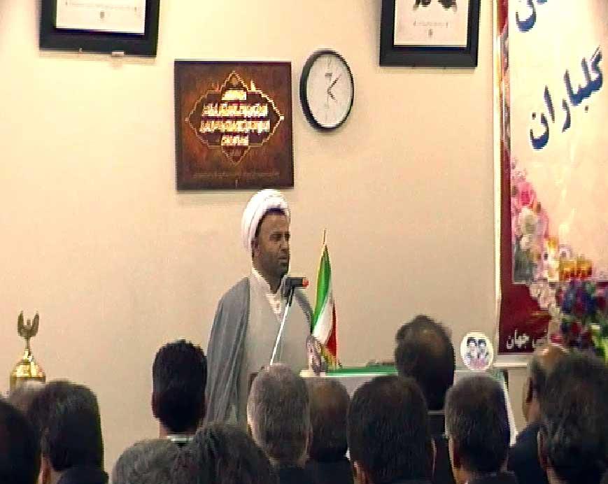 حجت الاسلام والمسلمین داود وحید دوست در اولین همایش فرهنگی و ورزشی  شهرستان آذرشهر در محل کتابخانه امام علی(ع) قاضی جهان