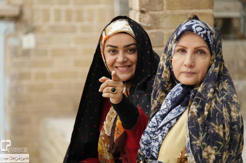 زهرا سعیدی و الهام چرخنده در پشت صحنه سریال حانیه
