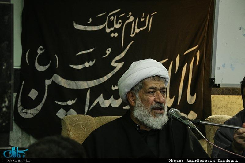 شب عاشورای حسینی در مدرسه روشنگر با سخنرانی آیت الله محمود امجد