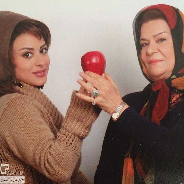 عکس جدید زهرا اویسی و مادرش زهره صفوی