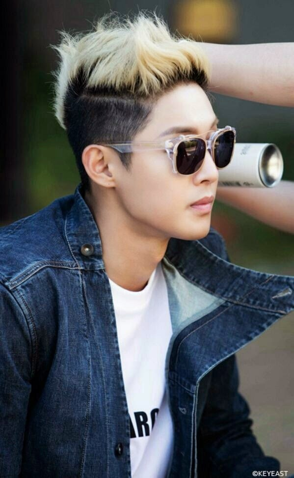 [Photo] Kim Hyun Joong - Japan Mobile Site Update [14.11.10]