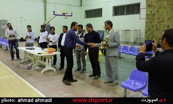 آبپخش قهرمان والیبال مدارس استان + تصویر