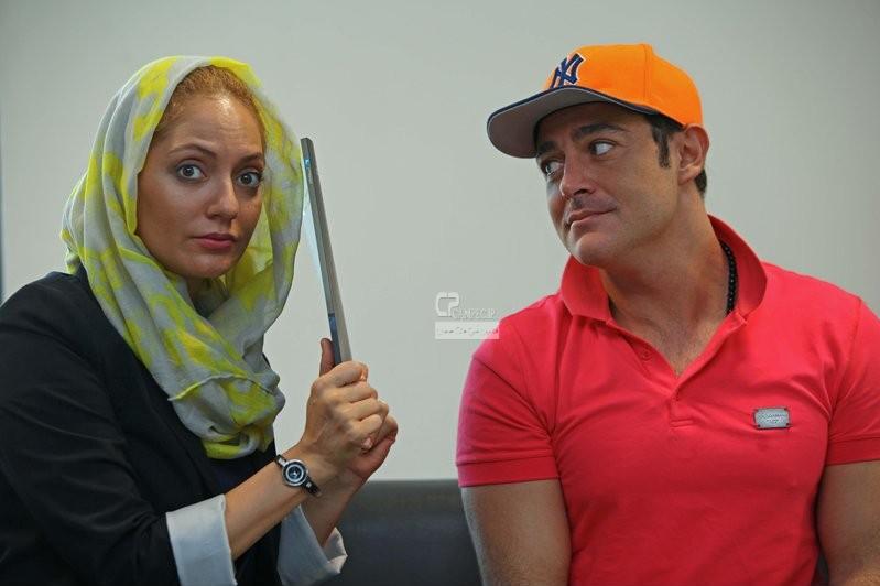 محمد رضا گلزار و مهناز افشار در پشت صحنه سریال عشق تعطیل نیست