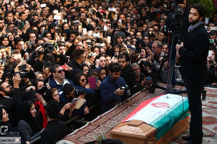 بنیامین بهادری درمراسم تشییع پیکر مرحوم مرتضی پاشایی