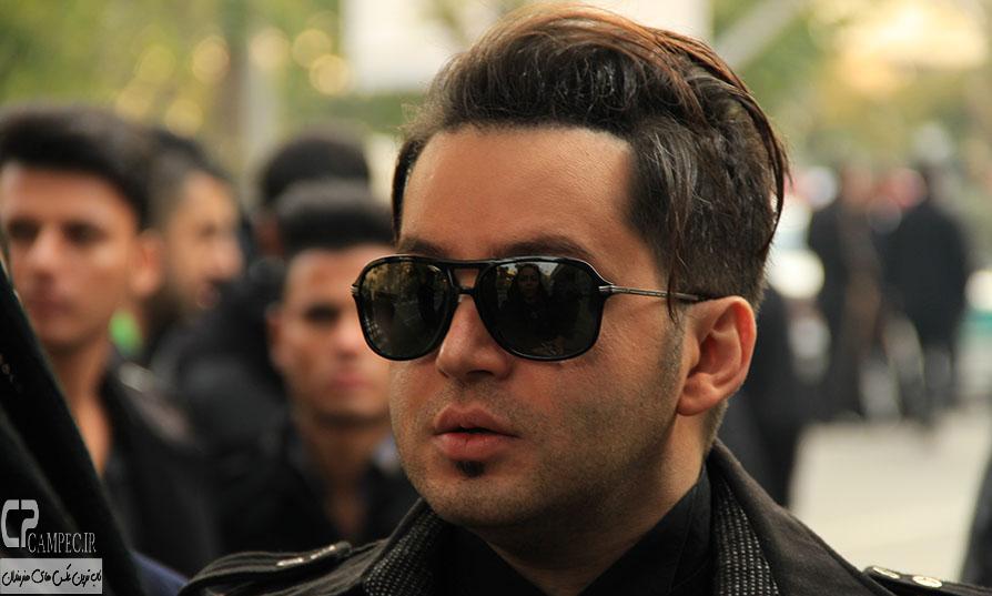 شهنام شهابی در مراسم خاکسپاری مرتضی پاشایی