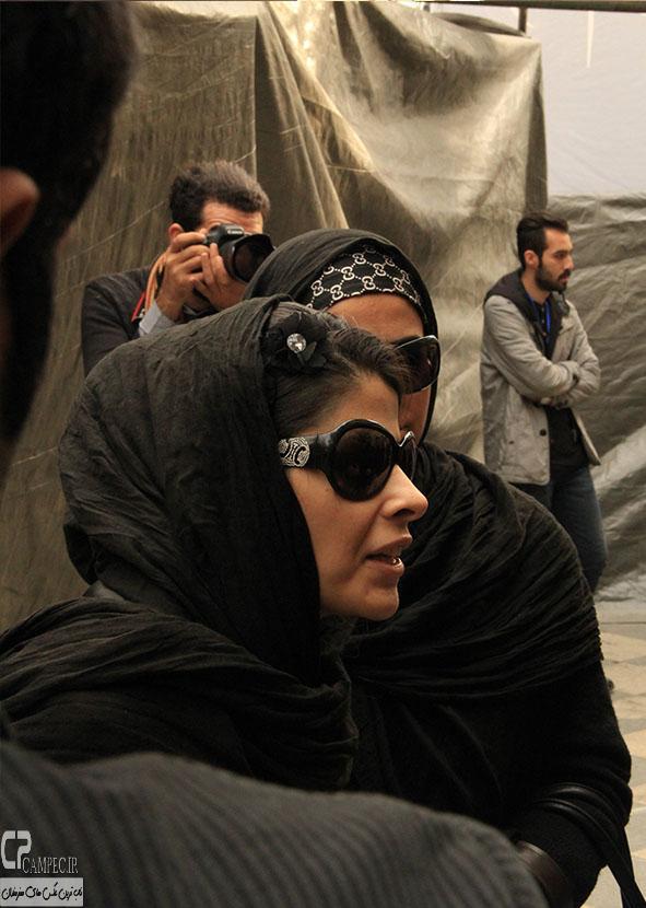 مریم حیدزاده در مراسم ختم مرتضی پاشایی