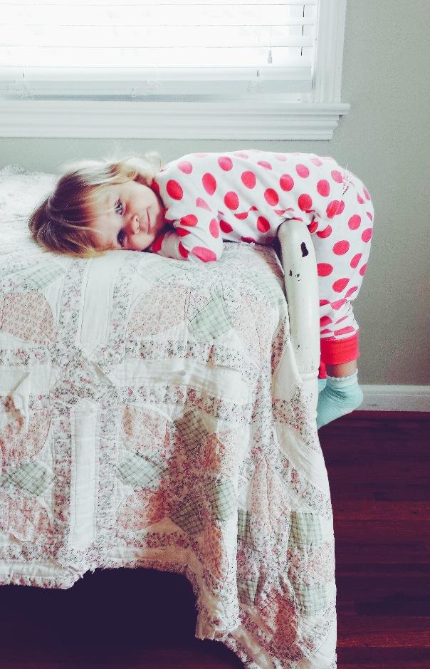 http://s5.picofile.com/file/8153507168/baby_bed_child_cute_Favim_com_1648613.jpg