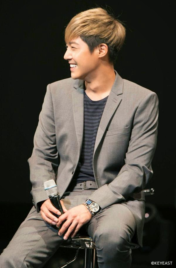 [Photo] Kim Hyun Joong - Japan Mobile Site Update [14.11.28]