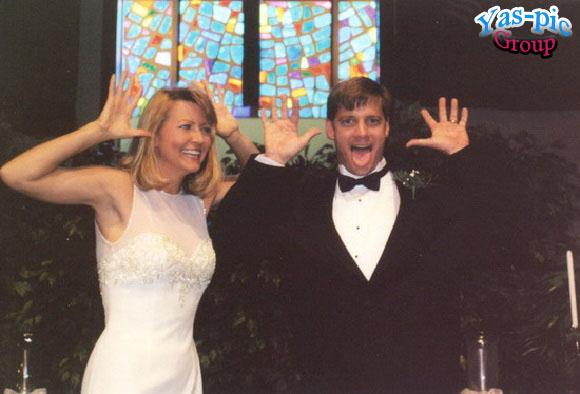 http://s5.picofile.com/file/8154444592/funny_wedding_28_photos_1.jpg