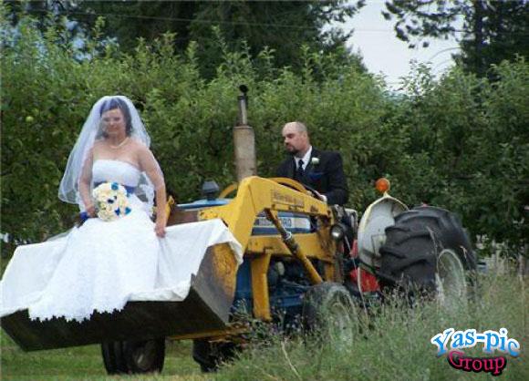 http://s5.picofile.com/file/8154444692/funny_wedding_28_photos_7.jpg