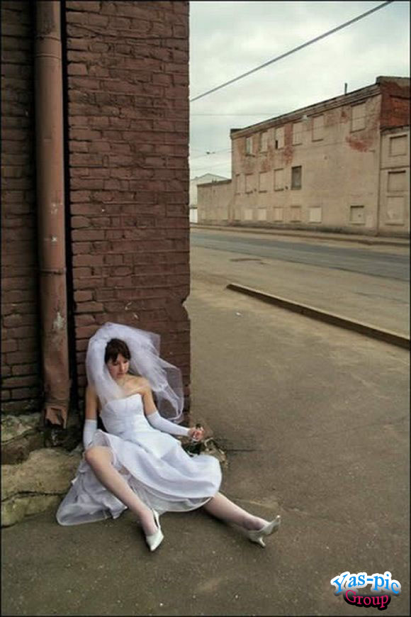 http://s5.picofile.com/file/8154444950/funny_wedding_28_photos_20.jpg