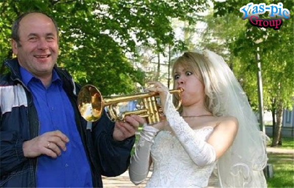 http://s5.picofile.com/file/8154444968/funny_wedding_28_photos_25.jpg