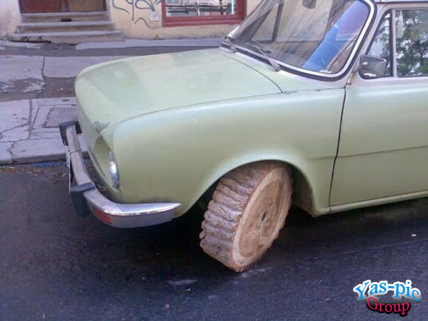 http://s5.picofile.com/file/8154687434/funny_looking_cars_25.jpg