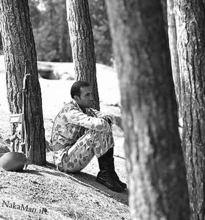 عکس سرباز غمگین