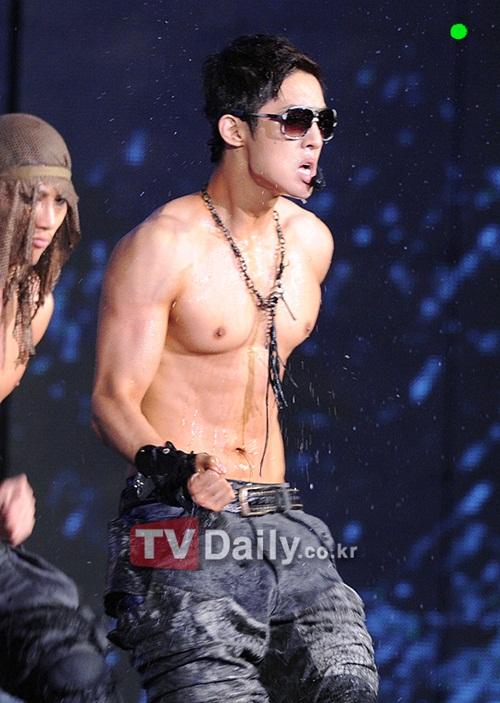 Kim Hyun Joong S.e.x.y Body