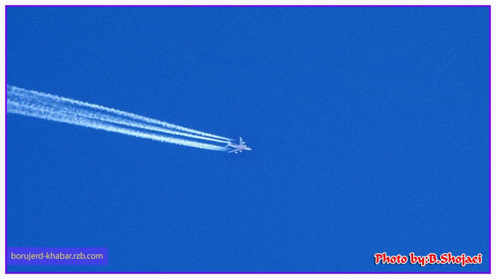 هواپیما ها بر فراز آسمان بروجرد