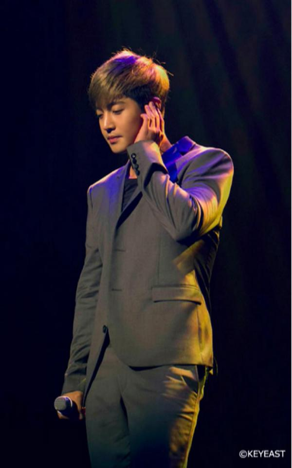 Kim Hyun Joong - Update Japanese Mobile Site 14.12.19