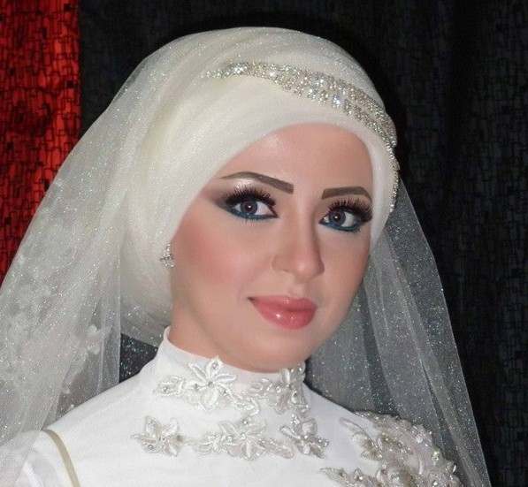 مدل لباس عروس محجبه,عروس محجبه 2015,آرایش عروس محجبه 2015,ارایش عروس 2015,مدل لباس عروس باحجاب 2015,عکس مدل لباس عروس 2015