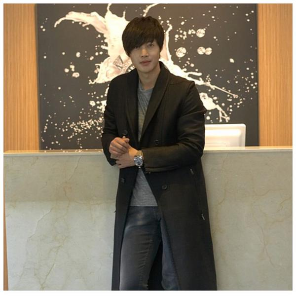 Kim Hyun Joong At The Opening Of The Store LuxBene In Busan New Photos 14.12.22