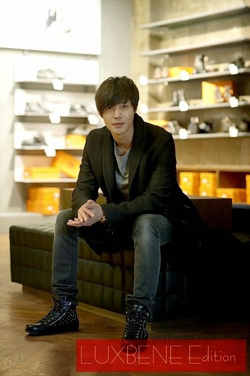[Photo] Kim Hyun Joong - LUXBENE Edition Store Opening in Busan [14.12.22]