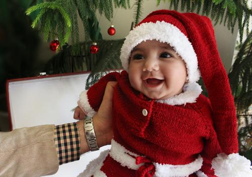 حلما نوئل اولین کریسمس سال نو میلادی مبارک 2015