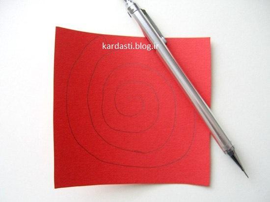 آموزش درست کردن گل رز با کاغذ رنگی به شکل قلب