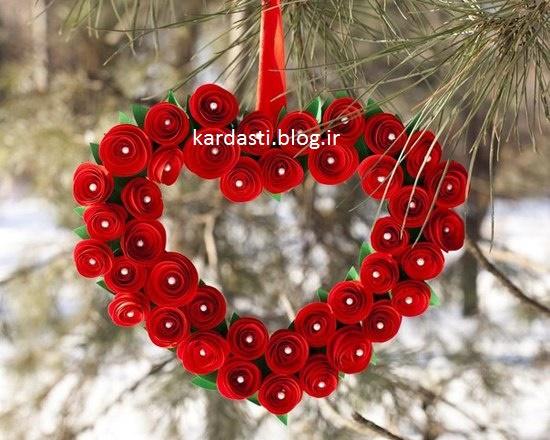 آموزش درست کردن گل رز با کاغذ رنگی به شکل قلب http://kardasti.blog.ir/