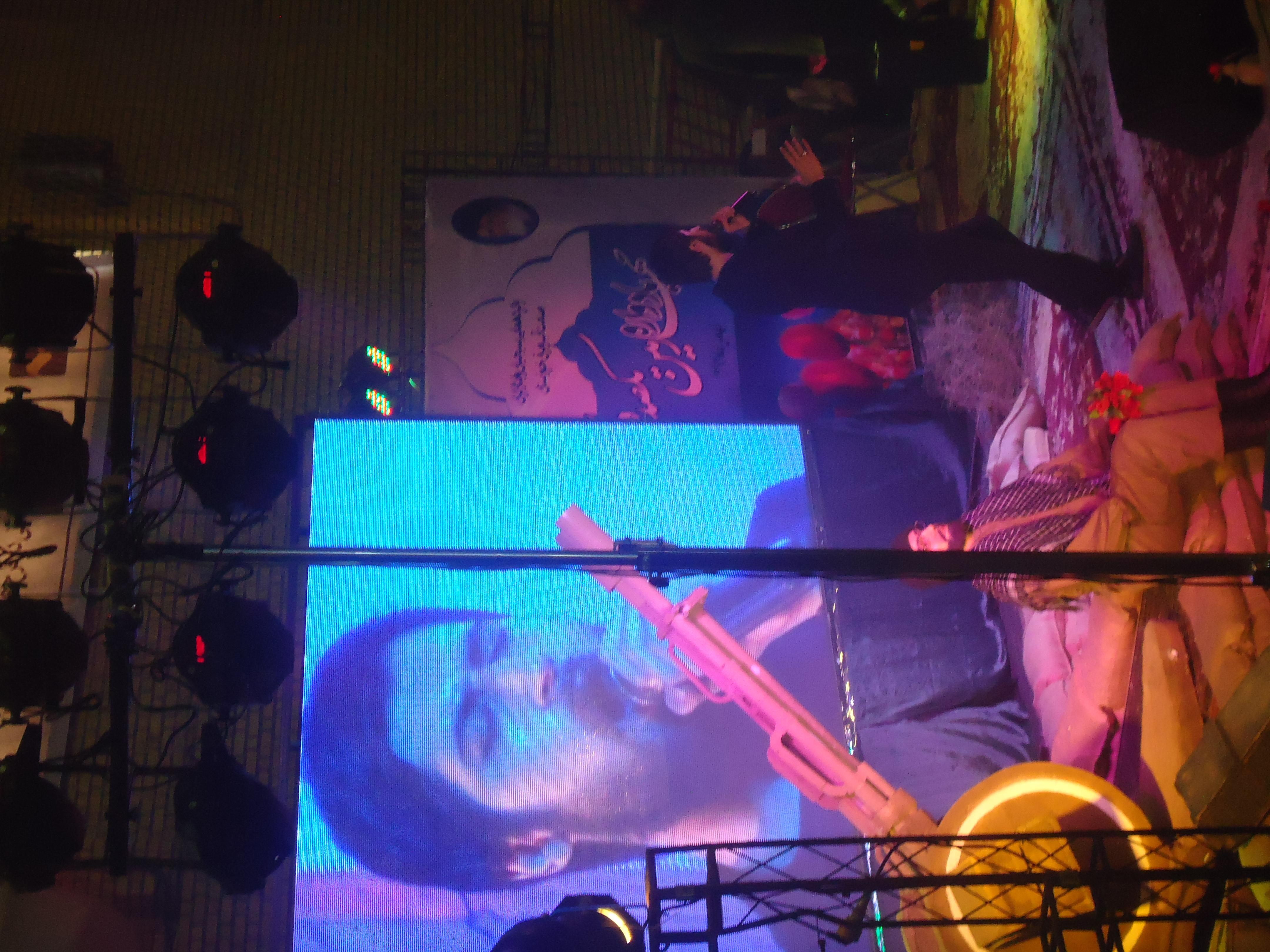 عکس های اقای حامد زمانی در اهواز