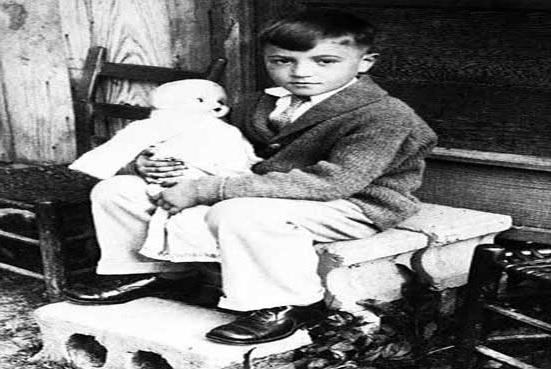 داستان کوچکترین قاتل دنیا که در ۶ سالگی با اسلحه آدم کشت
