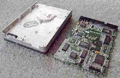 بورد الکترونیکی در هارددیسک