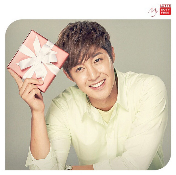[Photo] Kim Hyun Joong - Lotte Duty Free Instagram Update For Valentine Day 2015 Photoshoot [15.02.12]