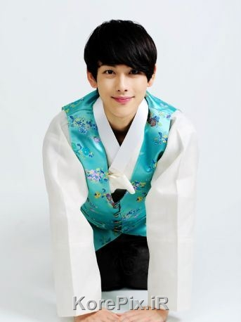 عکس های نوجوانی یئوم (برادر یئون وو) در افسانه خورشید و ماه